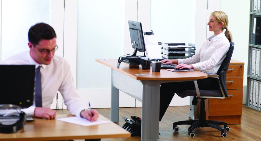 Z Hot Desk 093630