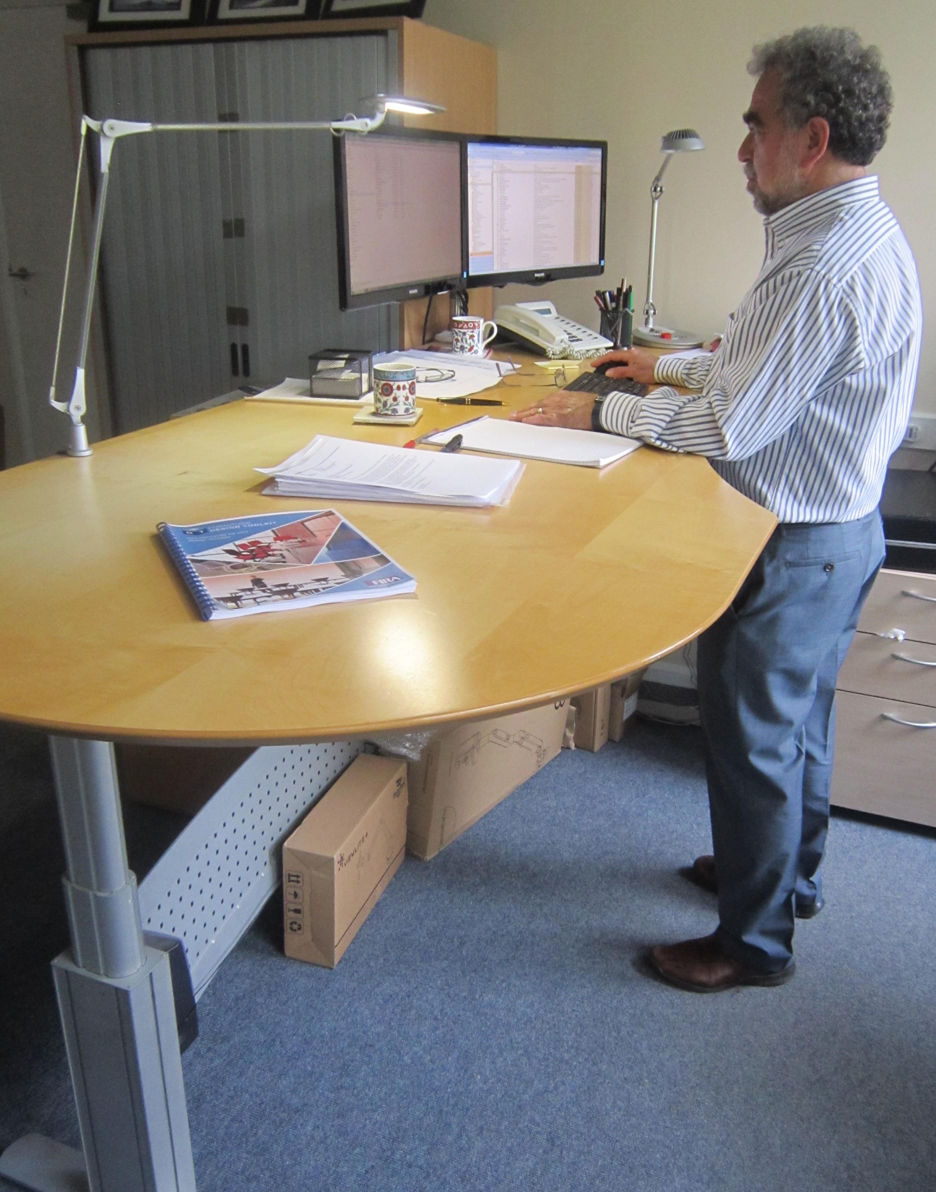 hight-adjustable-desk.jpg#asset:1228:url